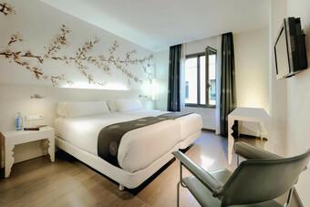 NH Barcelona Ramblas Hotel