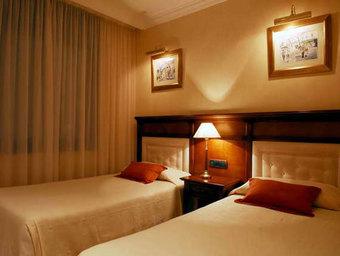 Apartament-restaurant Hispanos 7 Suiza Hotel