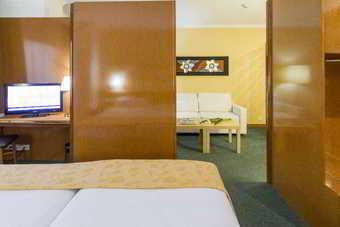 Acacia Suite Hotel