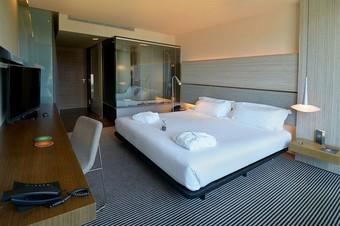 B-hotel Hotel